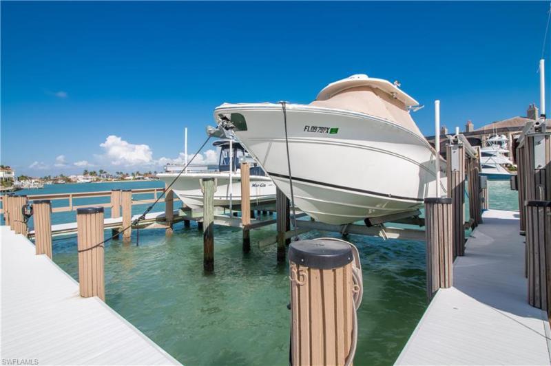 893 Collier 3-205, Marco Island, FL, 34145