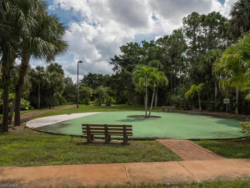 2420 Hidden Lake 8, Naples, FL, 34112