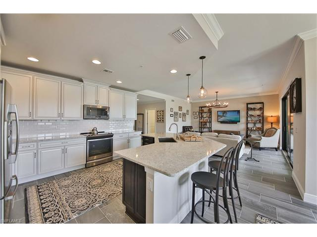 15145 Palmer Lake 19-102, Naples, FL, 34109