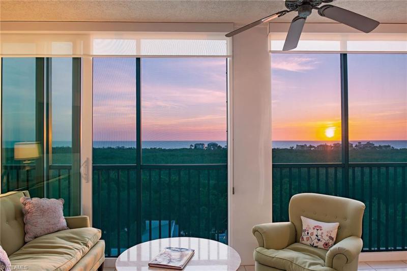 7515  Pelican Bay,  Naples, FL