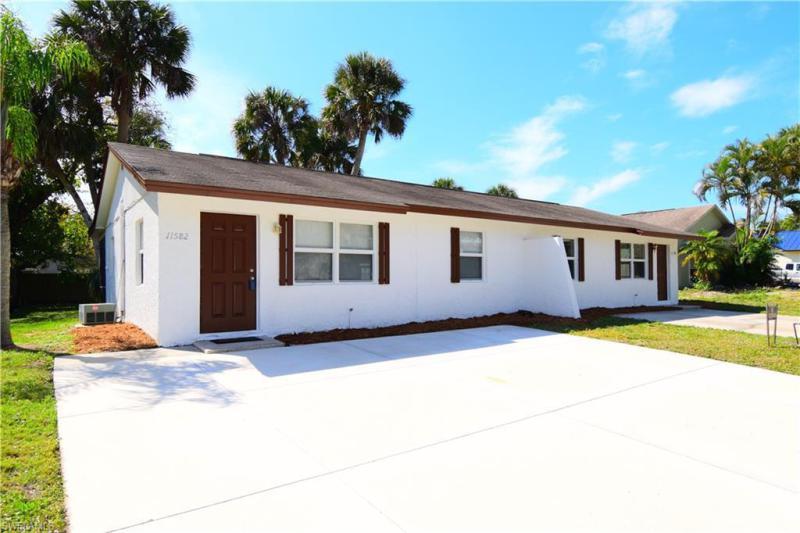 11580/582  Dean,  Bonita Springs, FL