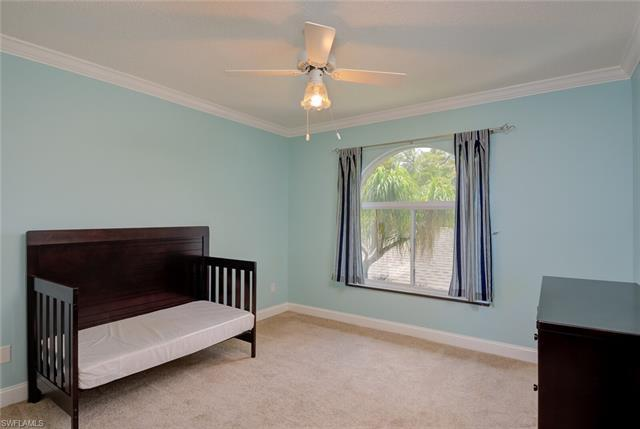 935 W New Waterford Dr #f 202, Naples, Fl 34104