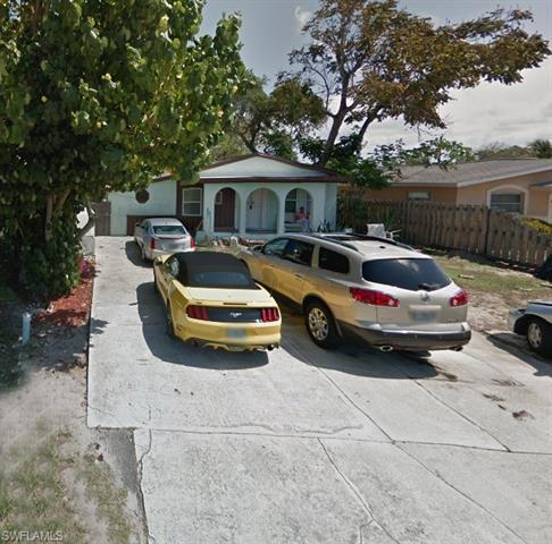 651 N 108th,  Naples, FL