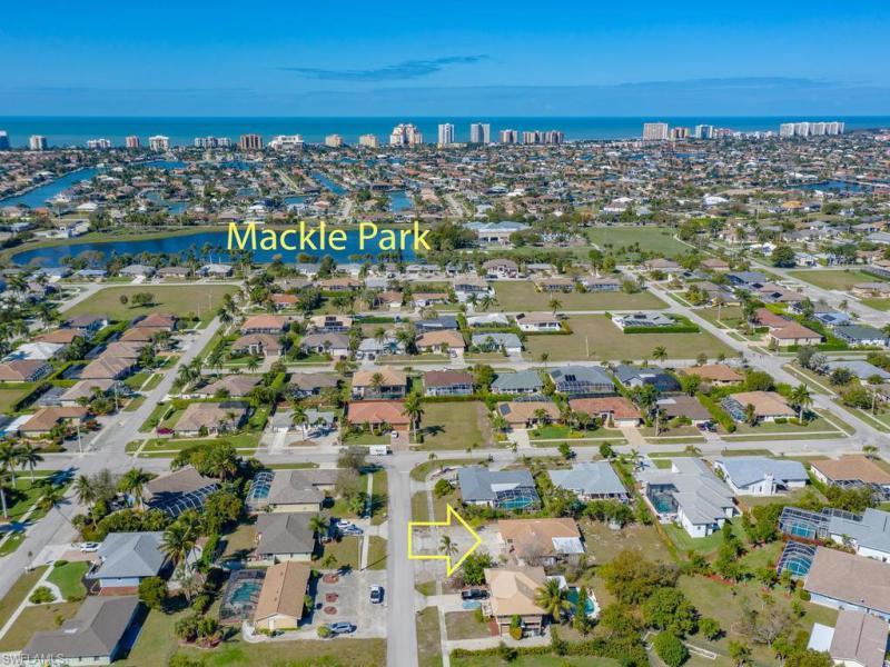 350 Columbus, Marco Island, FL, 34145