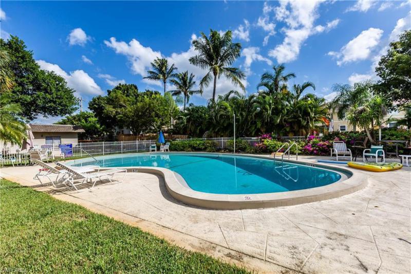 1047 Hartley 109, Marco Island, FL, 34145
