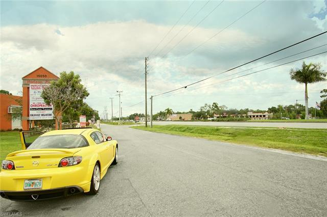 16070 S Tamiami TRL Fort Myers, FL 33908 photo 3