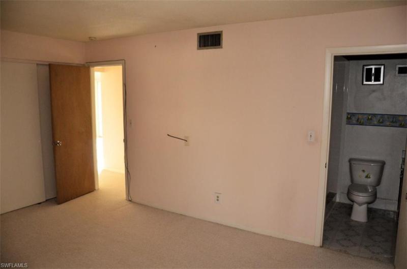 194  Joel BLVD Lehigh Acres, FL 33936- MLS#219030013 Image 17