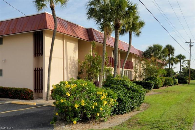 194  Joel BLVD Lehigh Acres, FL 33936- MLS#219030013 Image 5