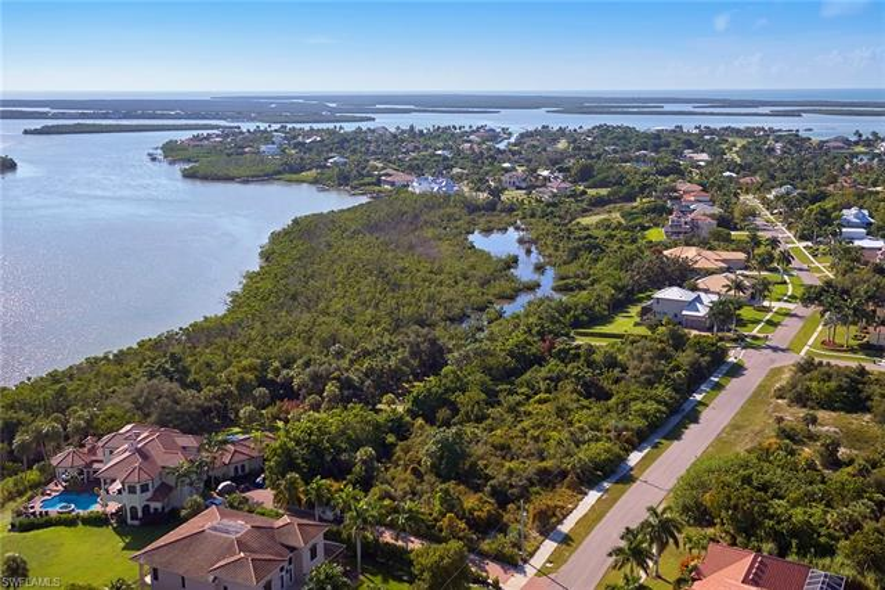 651 Inlet, Marco Island, FL, 34145