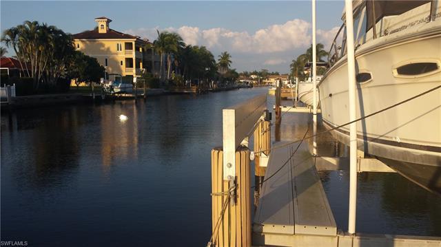 117 Channel Dr, Naples, Fl 34108