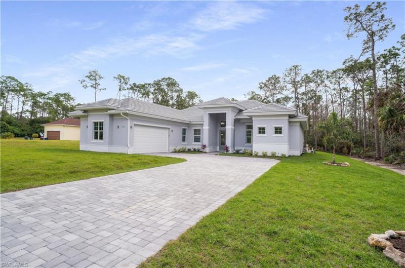 9422  Strike,  Bonita Springs, FL