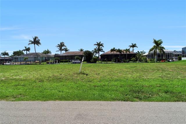 617 Crescent, Marco Island, FL, 34145