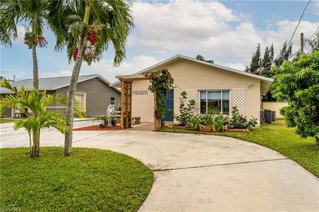 For Sale in BAYVIEW PARK Naples FL