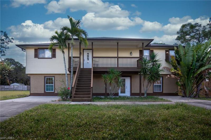 9080  Carolina,  Bonita Springs, FL