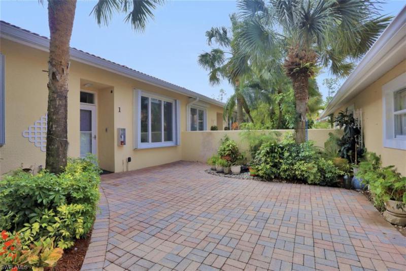 2352 Magnolia LN 6501 Naples, FL 34112 photo 1