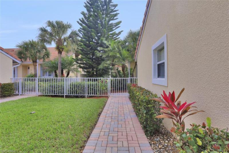 2352 Magnolia LN 6501 Naples, FL 34112 photo 24