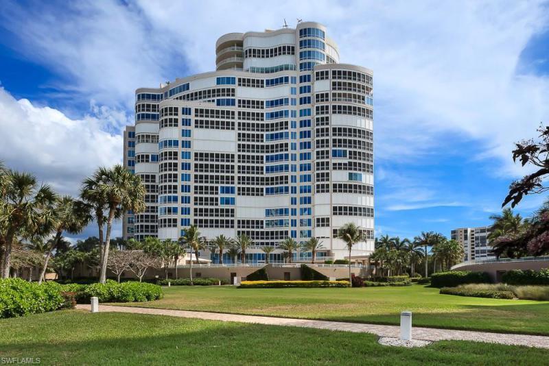 4151 N Gulf Shore,  Naples, FL