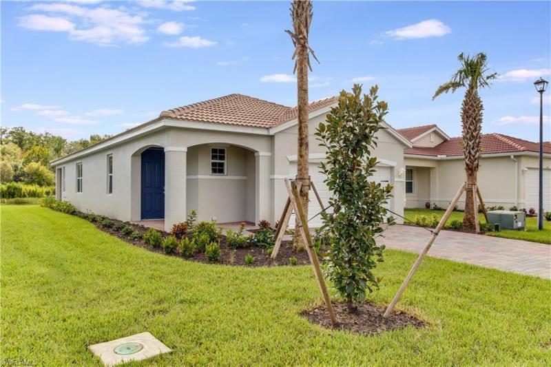 Home for sale in River Hall ALVA Florida
