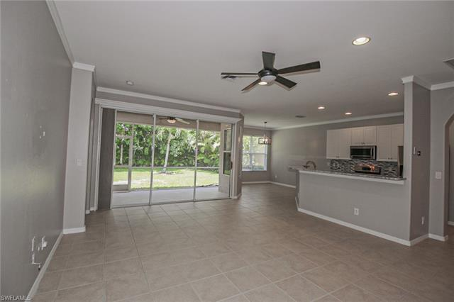 8324 Laurel Lakes BLVD Naples, FL 34119 photo 3