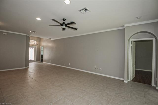 8324 Laurel Lakes BLVD Naples, FL 34119 photo 8