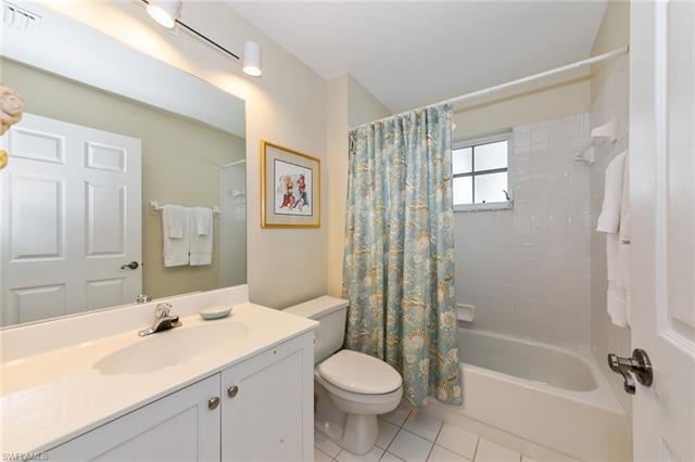 7050 Barrington 201, Naples, FL, 34108
