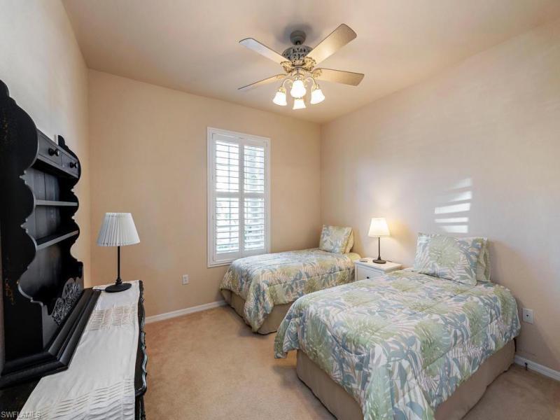 4690 Winged Foot 101, Naples, FL, 34112