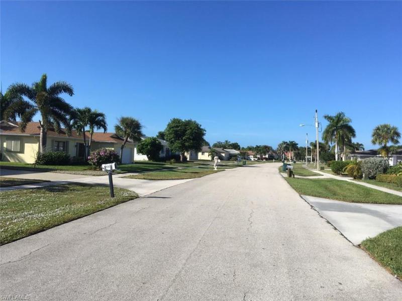 1286 Bluebird, Marco Island, FL, 34145