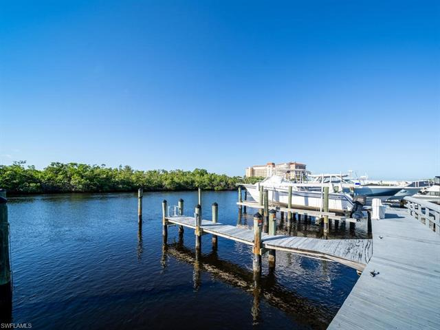 251 Wiggins Bay, Naples, FL, 34110