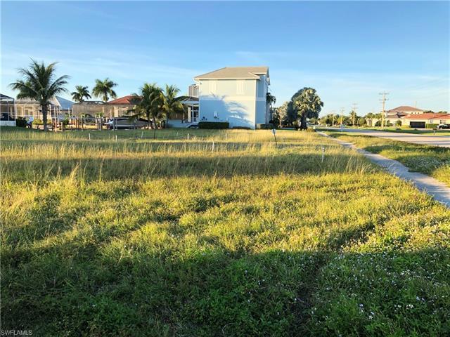 368 S Heathwood, Marco Island, FL, 34145