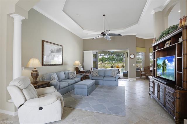 8821 Spinner Cove Ln, Naples, Fl 34120