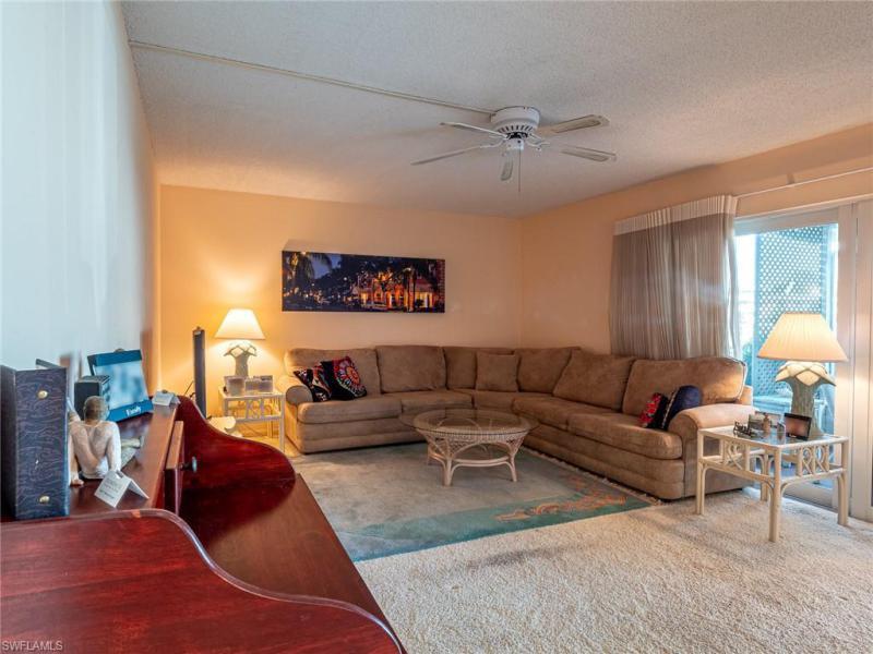 207  Palm,  Naples, FL