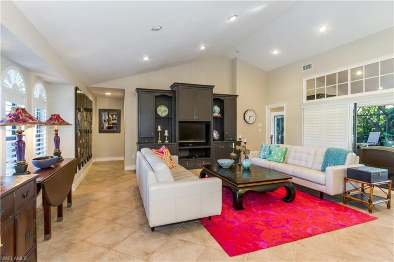 815 Bentwood, Naples, FL, 34108