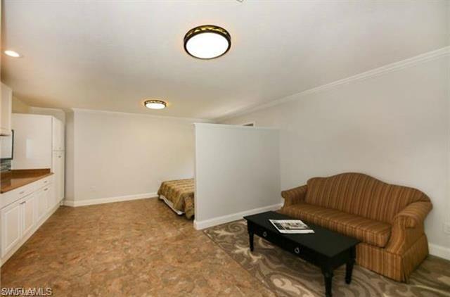 27592 Woodridge Rd, Bonita Springs, Fl 34134
