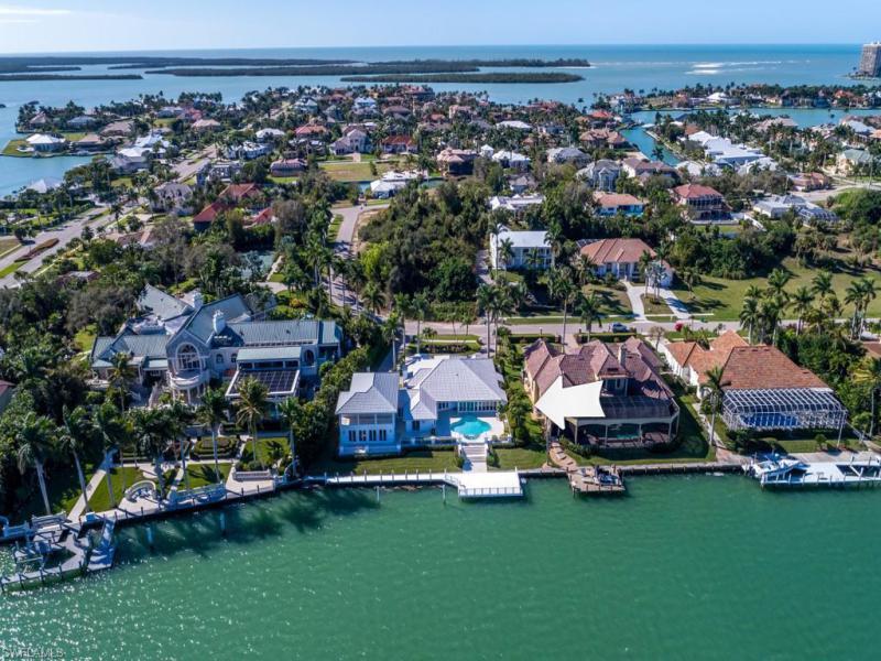1680 N Copeland Dr, Marco Island, Fl 34145