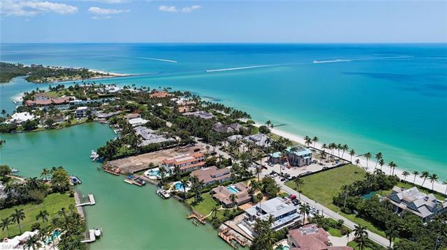 Photo of Port Royal 4100 Gordon in Naples, FL 34102 MLS 217030590