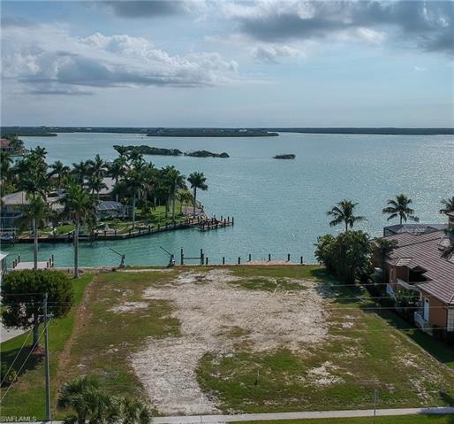 1051 S Barfield, Marco Island, FL, 34145