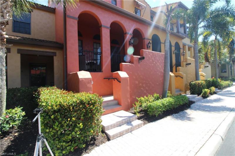 8989  Cambria,  Naples, FL