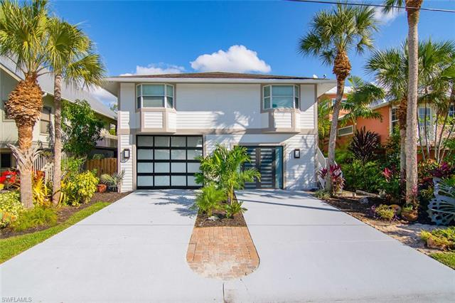 1300  Grand Canal,  Naples, FL