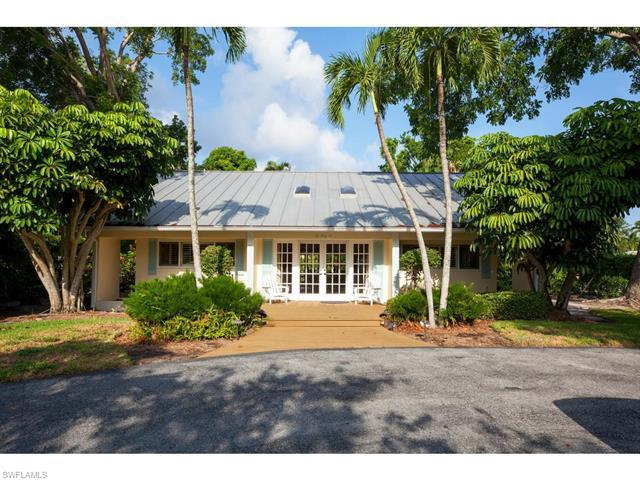 PALM CIR, Naples, Florida