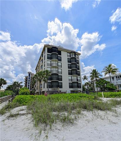 10633 Gulf Shore Dr #5s, Naples, Fl 34108