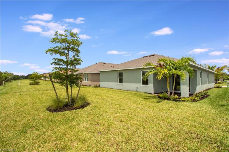 2132 Pigeon Plum, North Fort Myers, FL, 33917
