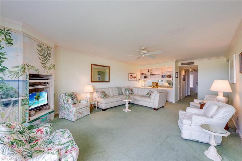 1601 N Gulf Shore Blvd #3, Naples, Fl 34102