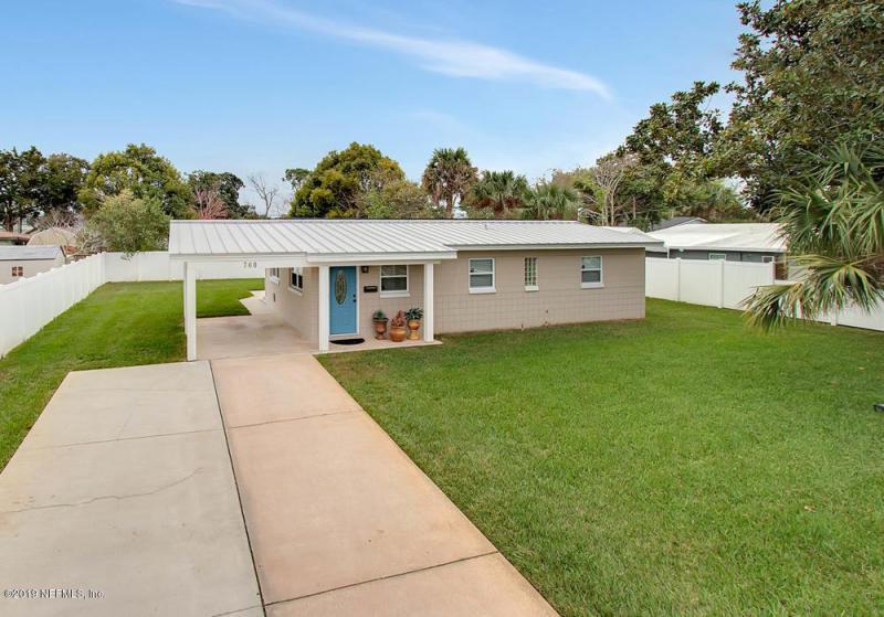 Single Family Home for Rent at 760 TRITON Road 760 TRITON Road Atlantic Beach, Florida 32233 United States