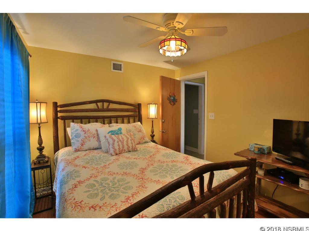 813 N Atlantic, New Smyrna Beach, FL, 32169