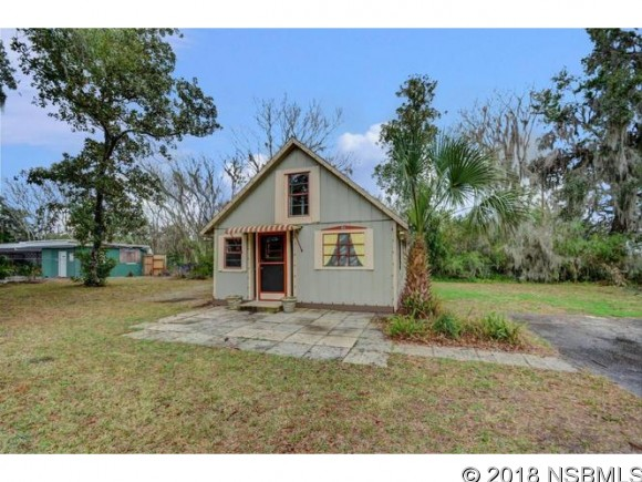 228 W Howry, DeLand, FL, 32720