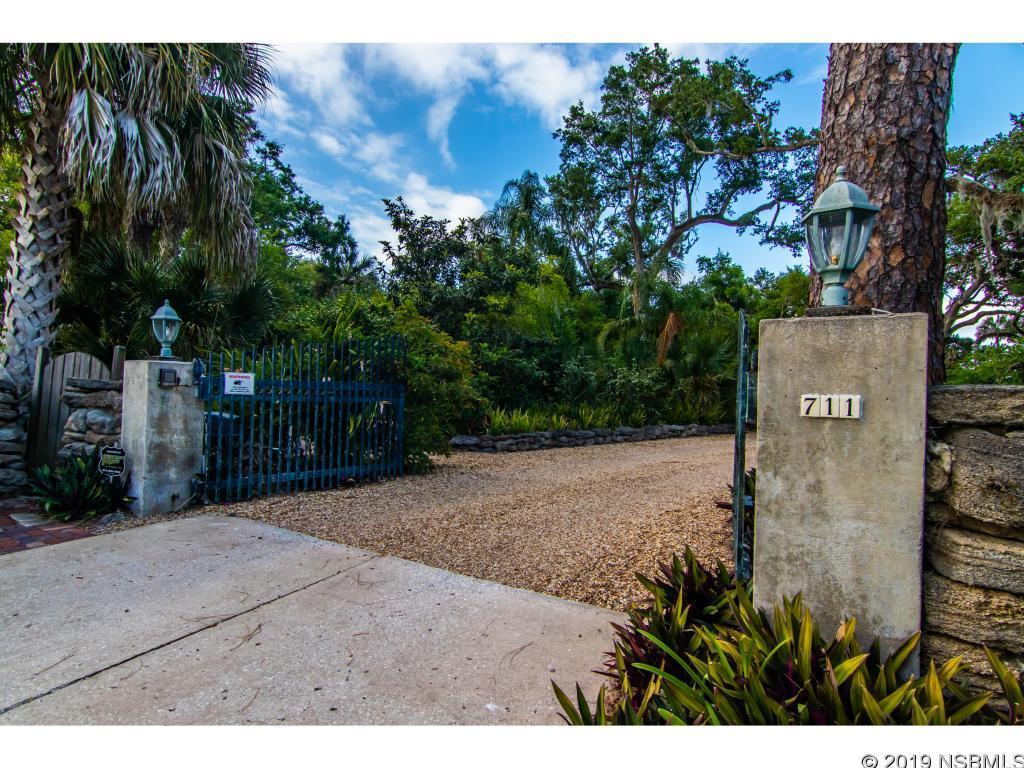 711 Faulkner, New Smyrna Beach, FL, 32168