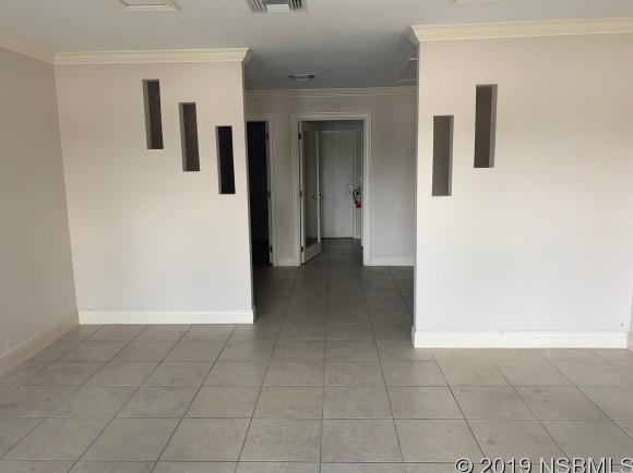 612 N Ridgewood H, Edgewater, FL, 32132
