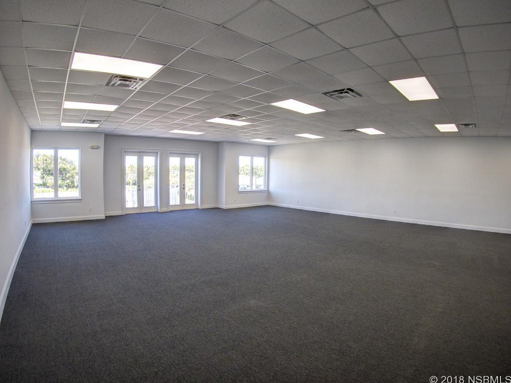 701 E 3rd 4, New Smyrna Beach, FL, 32169