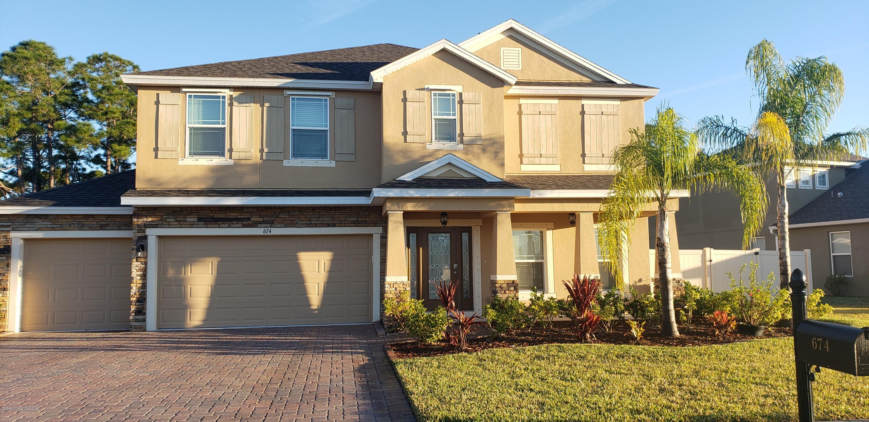 Photo of 674 Easton Forest Circle, Palm Bay, FL 32909