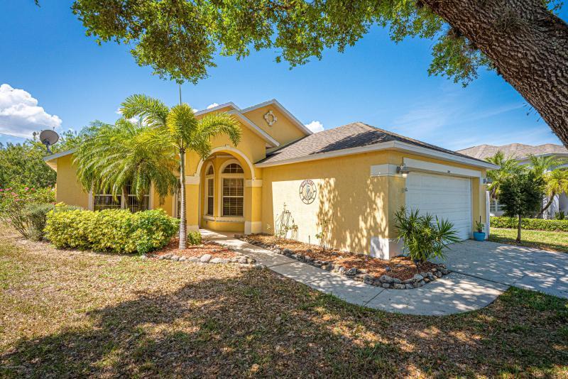 Photo of 2041 Twelve Oaks Drive, Palm Bay, FL 32909